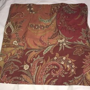 Pottery Barn 24x24 Pillow Cover Paisley Floral